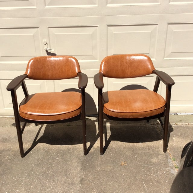 Vintage Mid Century Paoli Lounge Chairs - A Pair For Sale - Image 9 of 13