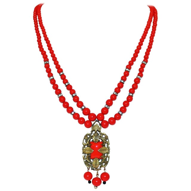 1930s Red Beaded Pendant Necklace For Sale In Los Angeles - Image 6 of 6