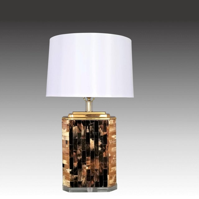 Karl Springer Vintage Tessellated Horn and Lucite Brass Table Lamp For Sale - Image 12 of 13