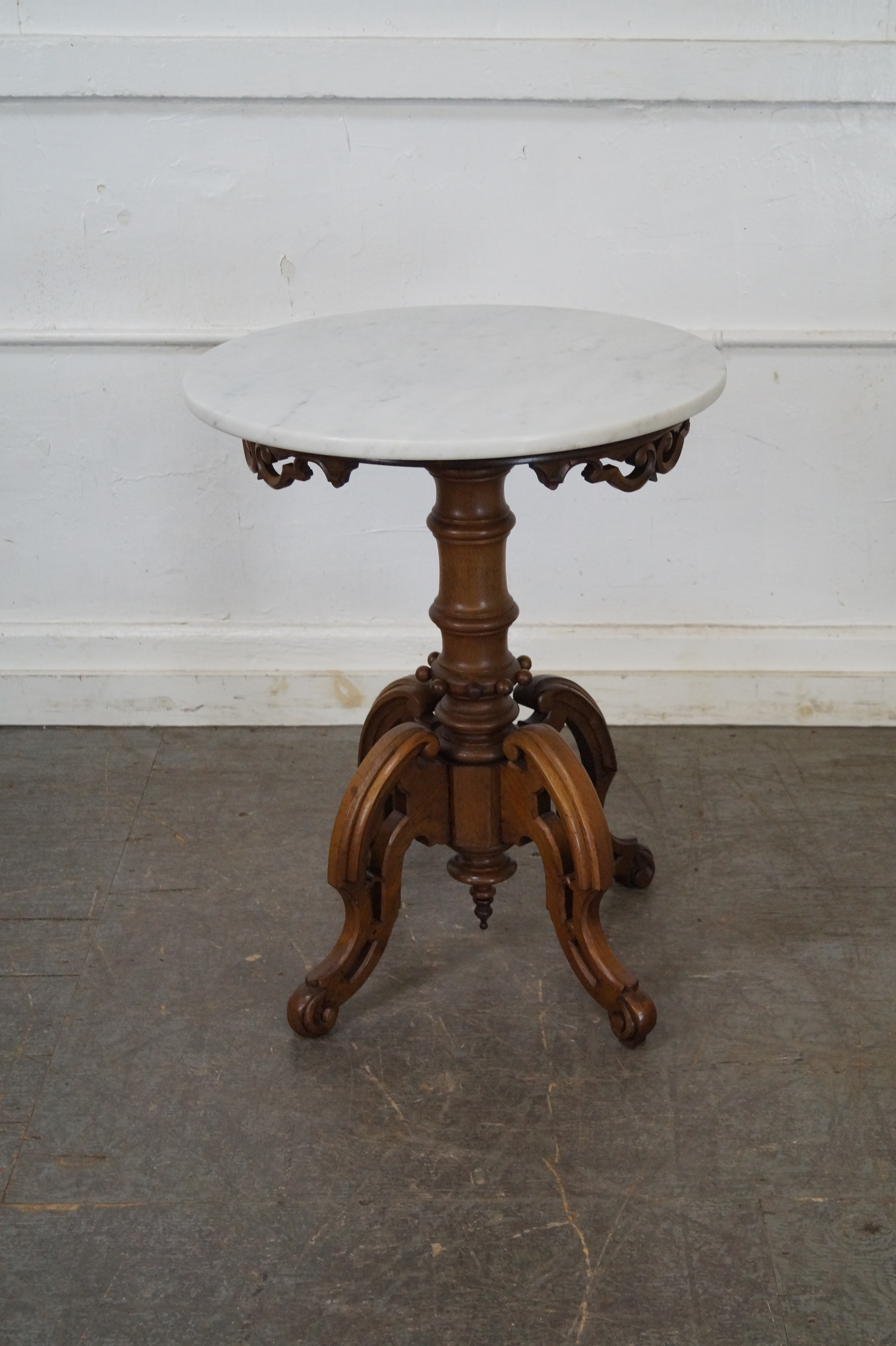 High Quality Antique Thomas Brooks Victorian Round Marble Top Table   Image 4 Of 10
