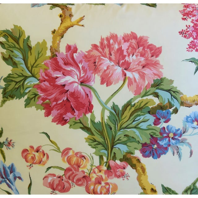 """Brunschwig & Fils French Brunschwig & Fils Floral Feather/Down Pillows 21"""" Square - Pair For Sale - Image 4 of 13"""