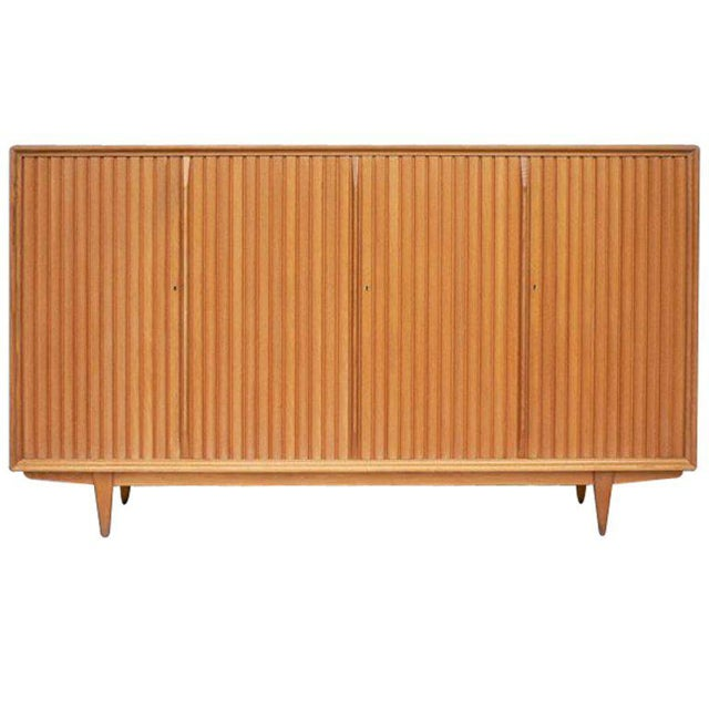 Large Mid-Century Italian Cabinet For Sale In New York - Image 6 of 6