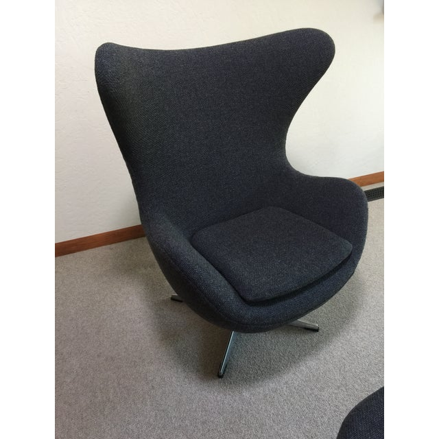 Mid Century Modern Egg Chair - Designed by Arne Jacobsen in 1958 For Sale - Image 11 of 13
