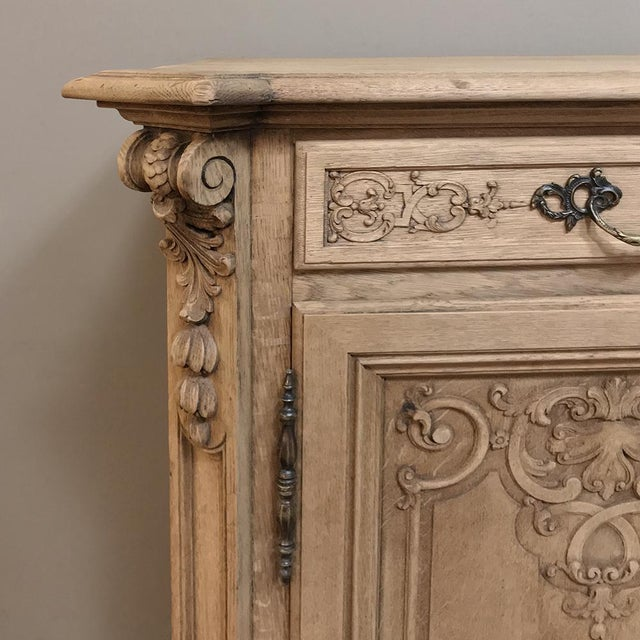 Gold 19th Century Country French Regence Stripped Oak Buffet For Sale - Image 8 of 13
