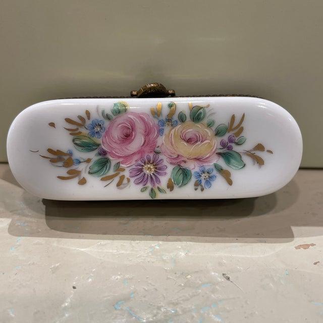 French 1950s Limoges France Porcelain Box For Sale - Image 3 of 8