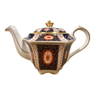 Sadler Chinoiserie China Teapot in Blue, and White With Gilt Details For Sale