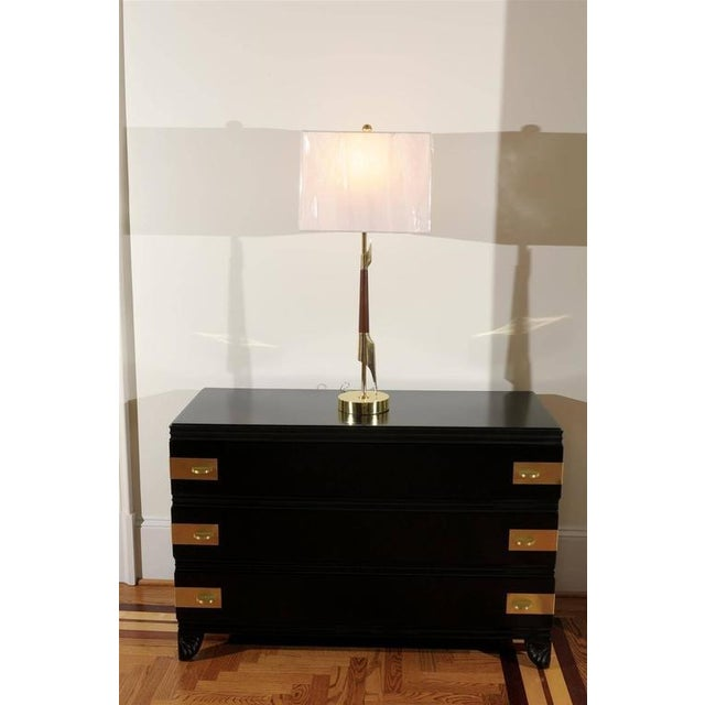 Restored Pair of Elegant Rembrandt Rocket Lamps in Walnut and Brass For Sale - Image 9 of 11