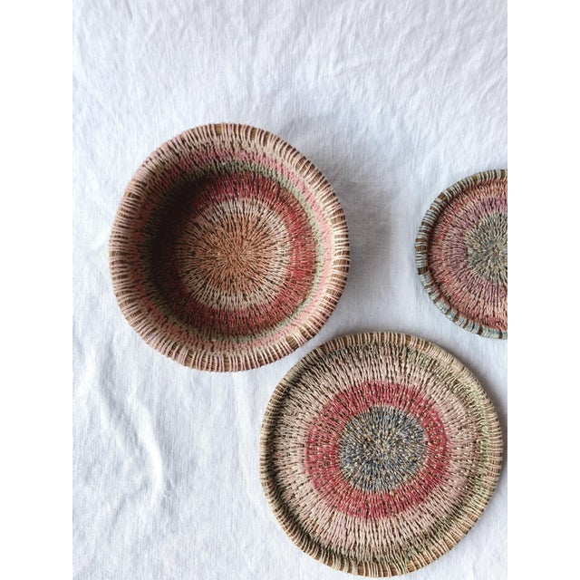 Wood Primitive Woven Pine Needle Basket Trio - Set of 3 For Sale - Image 7 of 8