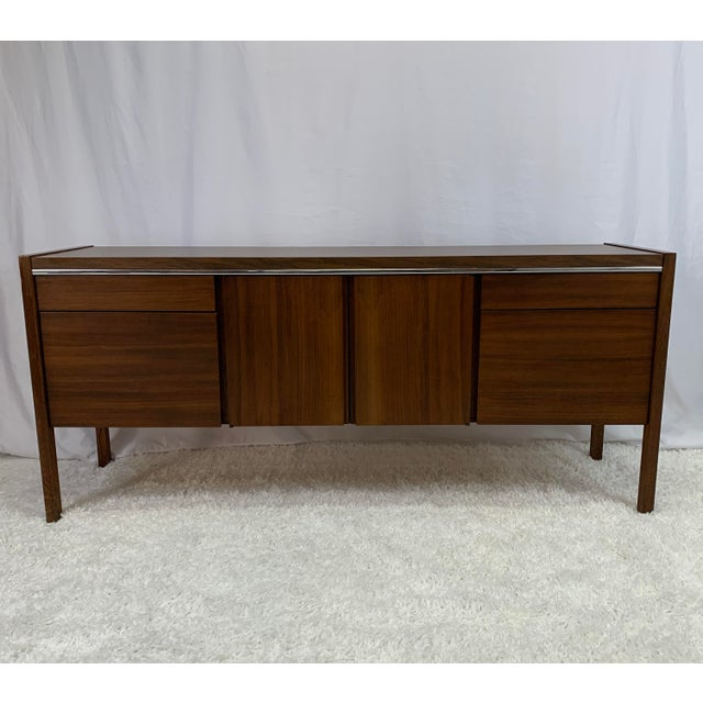 Mid-Century Modern 1950s Kimball Mid-Century Modern Walnut and Chrome Credenza For Sale - Image 3 of 9