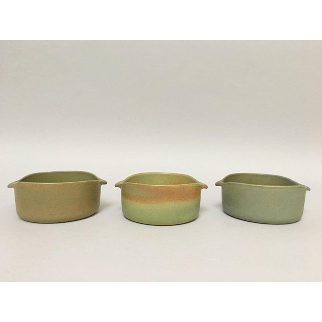 Set of three iconic lug bowls from Bennington Potters from the series designed by Yusuke Aida ca. 1960s. Each of the bowls...