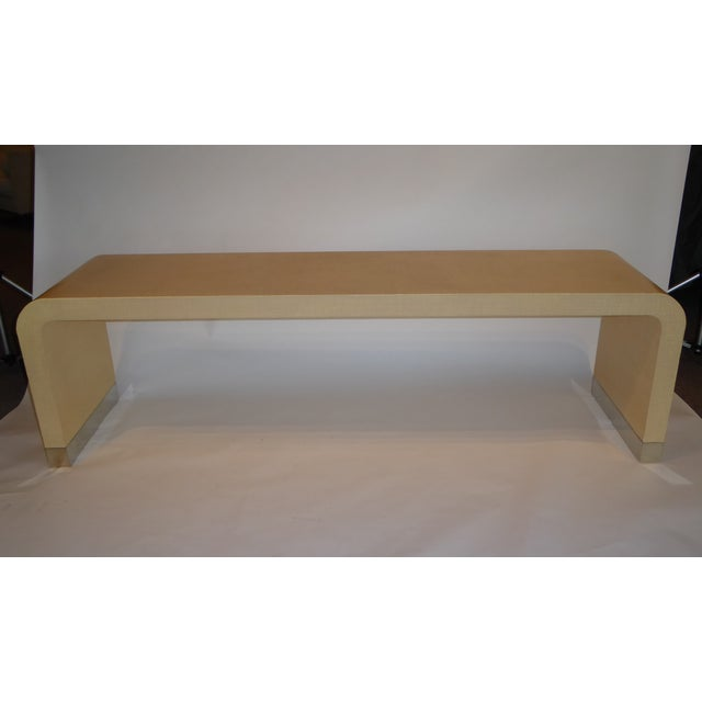 1970s Long Muriel Rudolph Modern Lacquered Grass Cloth Waterfall Console Table - Image 10 of 11