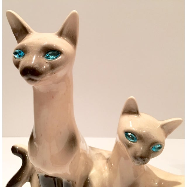 Vintage Siamese Twin Ceramic Cat Lamps - A Pair For Sale In West Palm - Image 6 of 8