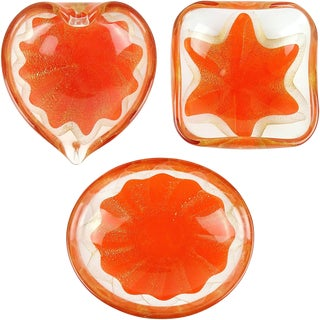 Salviati Murano 1950s Orange Gold Fleck Star Design Italian Art Glass Ring Bowls For Sale