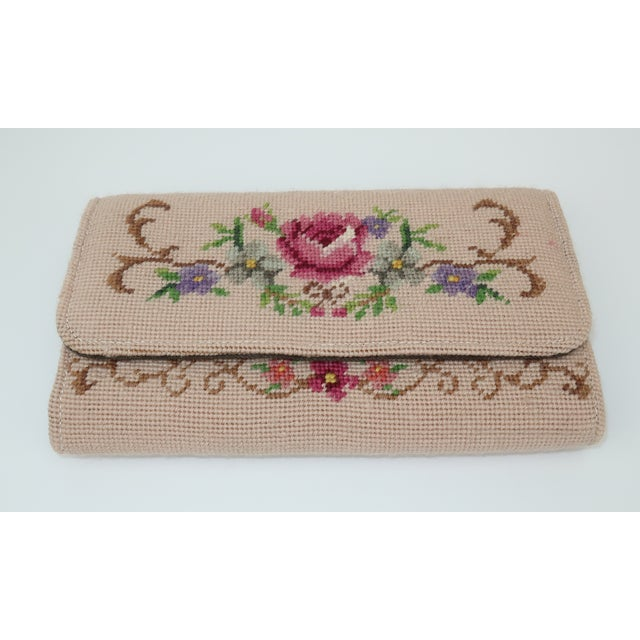 Late 20th Century Vintage Floral Needlepoint Envelope Clutch Handbag For Sale - Image 5 of 11