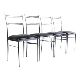 Set of 4 Italian Modern Dining Chairs in the Manner of Gio Ponti, Italy For Sale