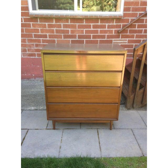 Mid Century Modern 4 Drawer Tallboy Dresser - Image 2 of 5