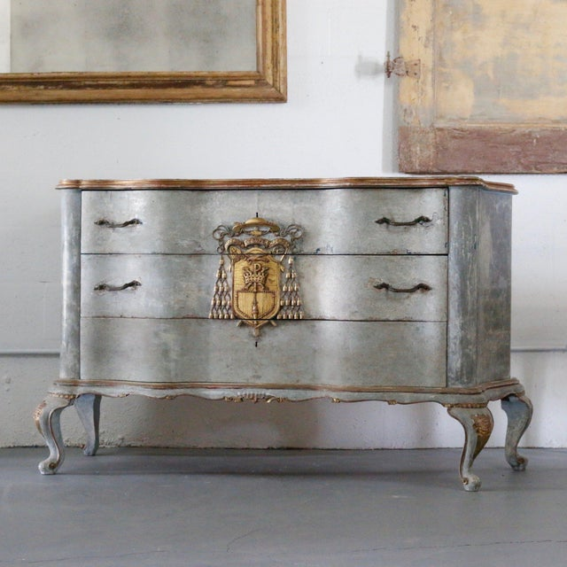 Italian Cardinal Medina Coat of Arms Chest For Sale - Image 9 of 9