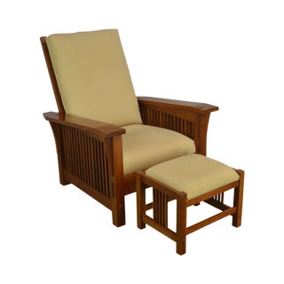 Stickley Mission Collection Cherry Bustle Back Spindle Morris Chair W/ Ottoman For Sale