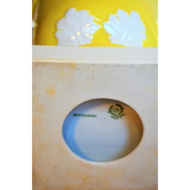 1970s Vintage Mottahedeh Lemon & White Neoclassical Pedestal Cachepots - a Pair For Sale - Image 12 of 13