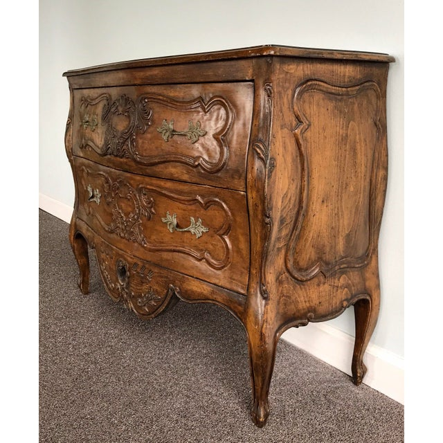 Antique mid 18th Century french Provençal Louis XV dresser / chest of drawers. In solid, carved walnut front and sides,...