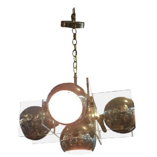 1970'S MODERNISTIC LUCITE AND CHROME BALL ITALIAN CHANDELIER For Sale