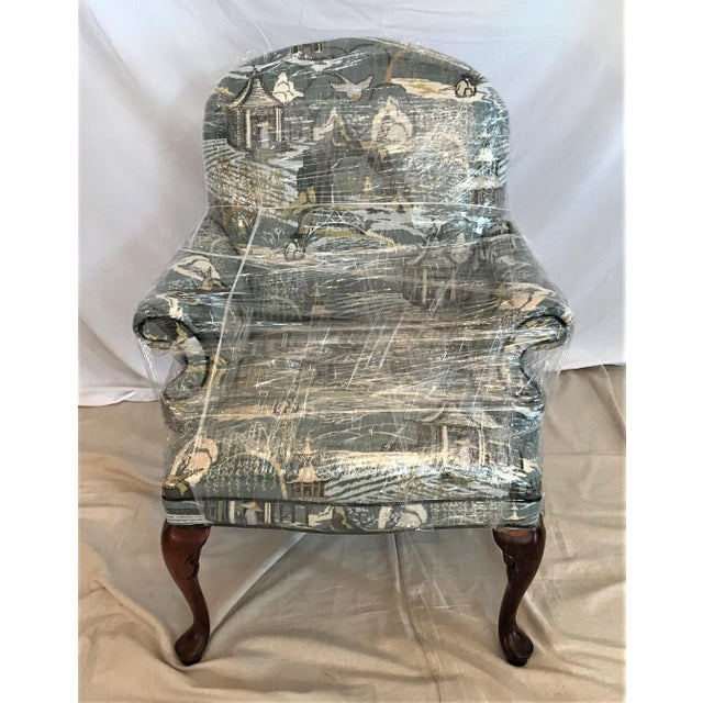 Wood Mid Century Robert Allen Chinoiserie Toile Upholstered Queen Anne Armchair For Sale - Image 7 of 8