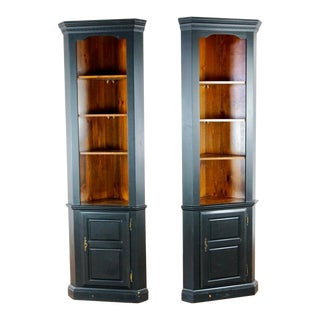Mastercraft Carved Pine Corner Bookcases - a Pair For Sale