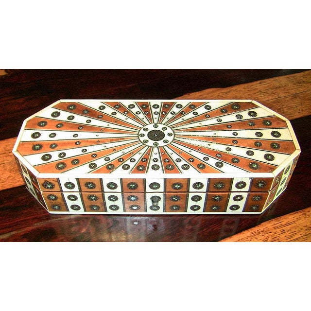 19c Anglo Indian Vizagapatam Sunburst Pattern Octagonal Document Box For Sale - Image 4 of 4