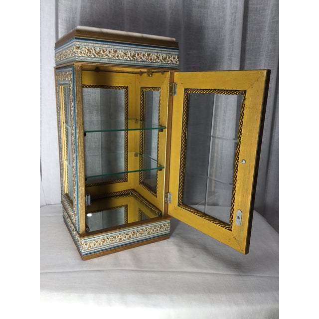 Mid 20th Century Italian Tabletop Display Case With Marble Top For Sale - Image 5 of 7