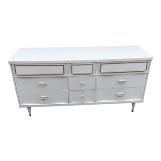 Vintage Mid Century Modern Bassett White and Gold Credenza For Sale