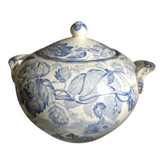 19th Century Traditional W. T Copeland and Sons Blue and White Transfer Ware Covered Jar For Sale