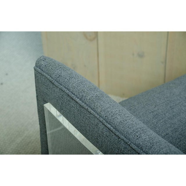 Mid-Century Modern Pair of Milo Baughman Arm Chairs With Rounded Lucite Backs For Sale - Image 3 of 5