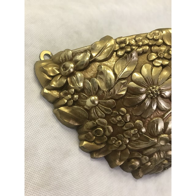 Vintage 1970's Syroco Inc. Gold Plastic Floral Detail Wall Pocket / Basin For Sale In Las Vegas - Image 6 of 7