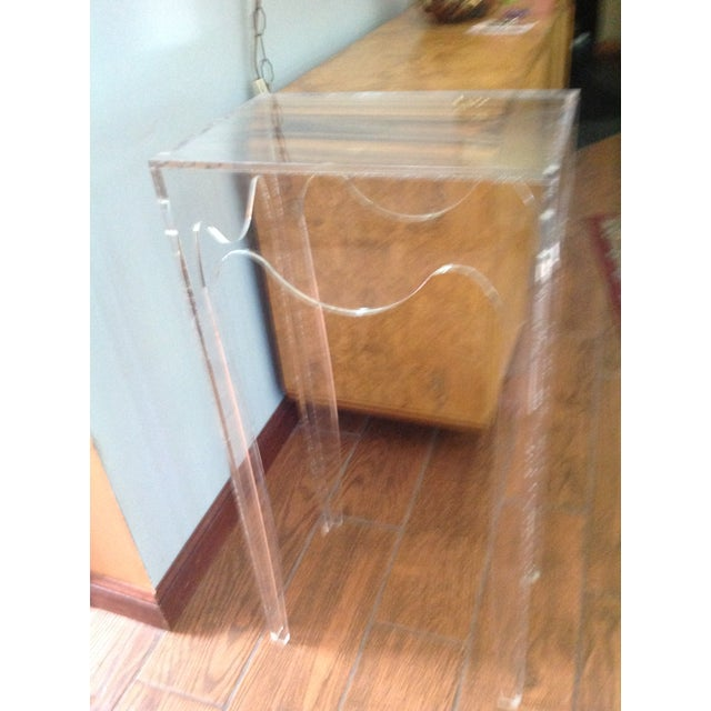 Mid-Century Modern Vintage Acylic Plant Stand Table For Sale - Image 3 of 7