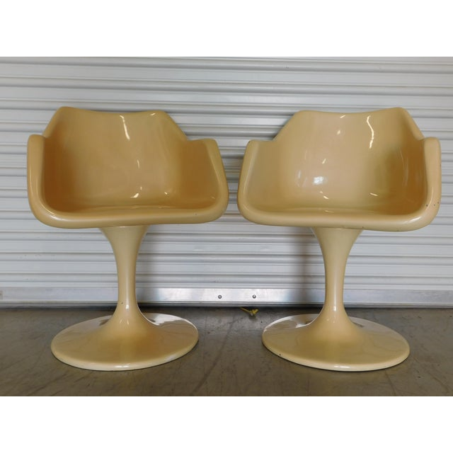 Vintage Mid Century Modern Saarinen Style Fiberglass Swivel Tulip Chairs. Early pair of tulip base chairs Great vintage...