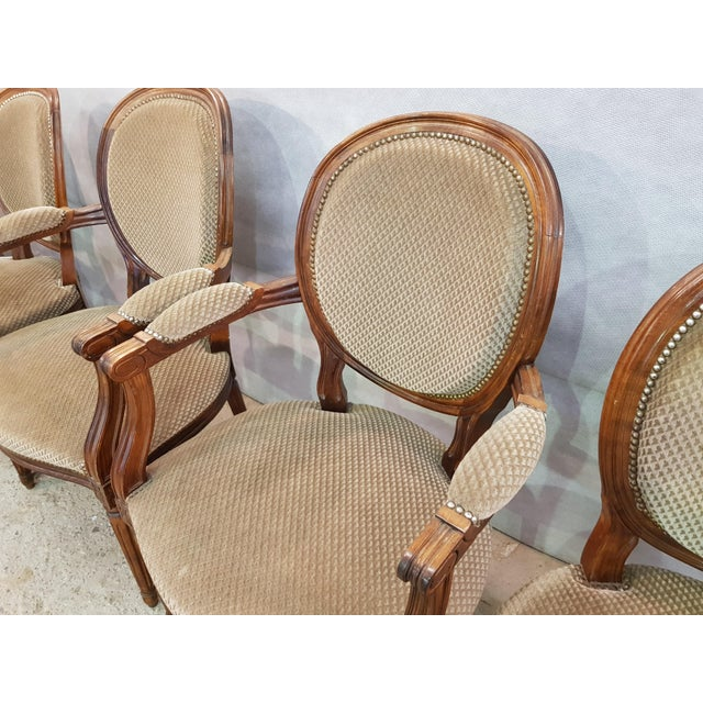 1950s Set of 6 Louis XVI French Medallion Beige Velvet Dining Chairs Two Armchairs Four Side Chairs For Sale - Image 5 of 13