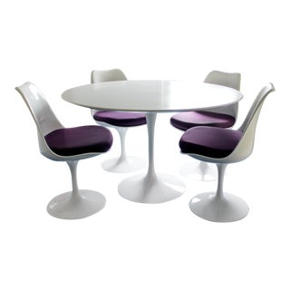 Mid-Century Modern Knoll Style White Tulip Dining Set Table 4 Chairs 1960s Italy For Sale