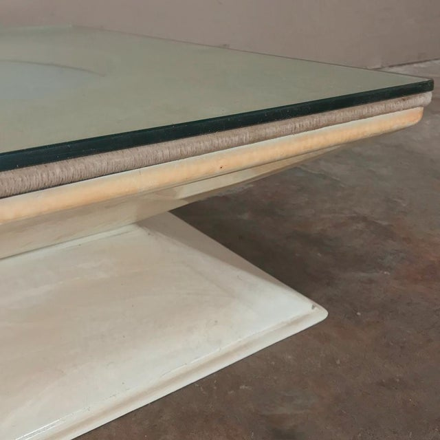 Mid-Century Modern Illuminated Coffee Table From m.i.m. Roma Circa 1970s For Sale - Image 9 of 10