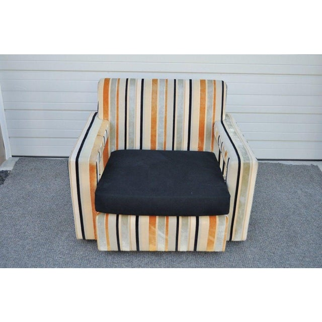Large Hollywood Regency Modern Striped Upholstered Lounge Club Movie Arm Chair For Sale In Philadelphia - Image 6 of 11