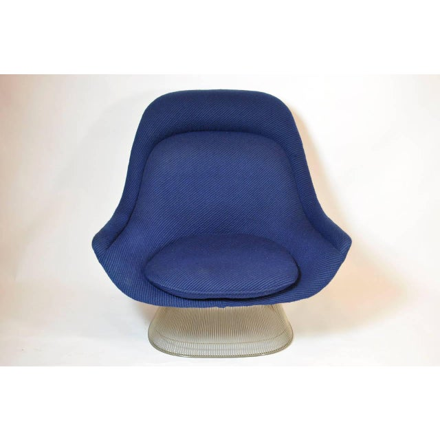 Contemporary Pair of Warren Platner Lounge Chairs For Sale - Image 3 of 7