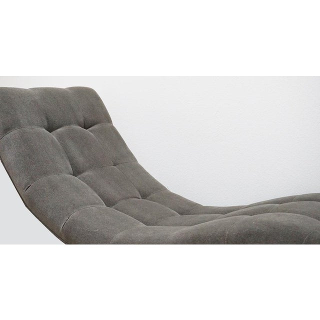 """Milo Baughman """"Wave"""" Chrome & Mohair Chaise For Sale In Palm Springs - Image 6 of 7"""