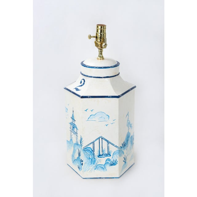 """Vintage English Export Chinoiserie Blue & White Tole Hexagon Tea Caddy Lamp """"#2"""" For Sale - Image 4 of 7"""