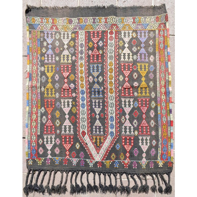 "Pink Handwoven Turkish Kilim Area Rug Colorful Petite Braided Kilim Wall Decor- 3'5"" X 4'9"" For Sale - Image 8 of 8"