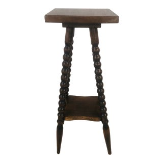 Late 20th Century Spool Leg Wood Accent Table For Sale