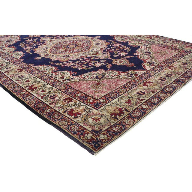 77023 Antique Persian Kermanshah Accent rug with Traditional style 04.07 x 06.09. This opulent antique Kermanshah Accent...