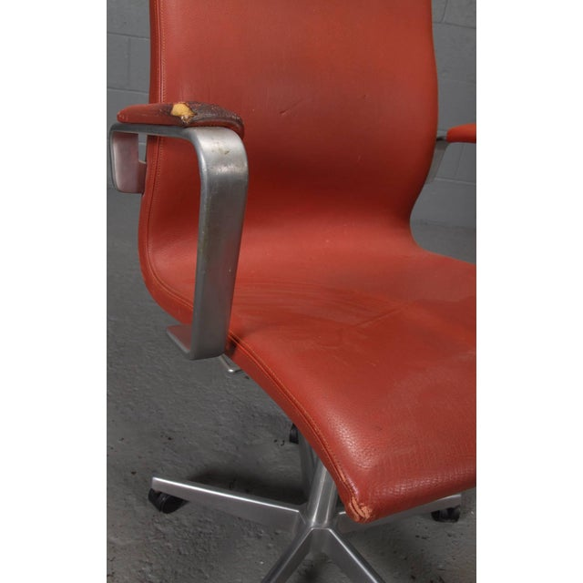 High Back Leather Oxford Desk Chair by Arne Jacobsen For Sale - Image 9 of 10