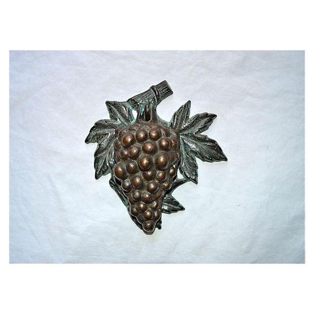 Bronze Grape Bunch Door Knocker - Image 6 of 8