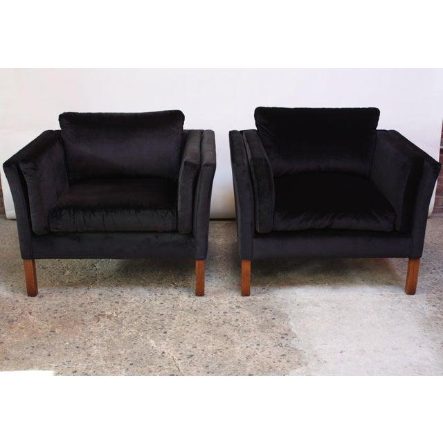 Pair of Danish Mogens Hansen Velvet Lounge Chairs - Image 4 of 10