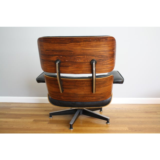 Herman Miller Charles and Ray Eames for Herman Miller 670 & 671 Rosewood Lounge Chair - a Pair For Sale - Image 4 of 11