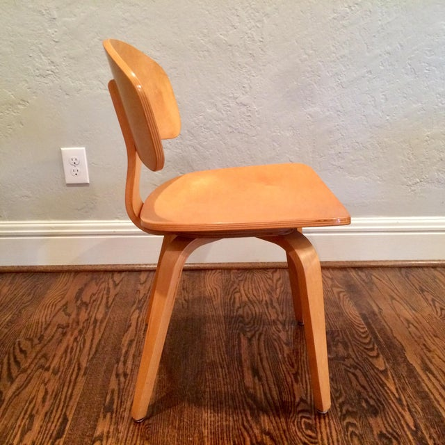 Mid-Century Modern Vintage Thonet Mid Century Style Plywood Chairs- Set of 12 For Sale - Image 3 of 8